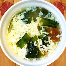 北海道昆布だし わかめスープ